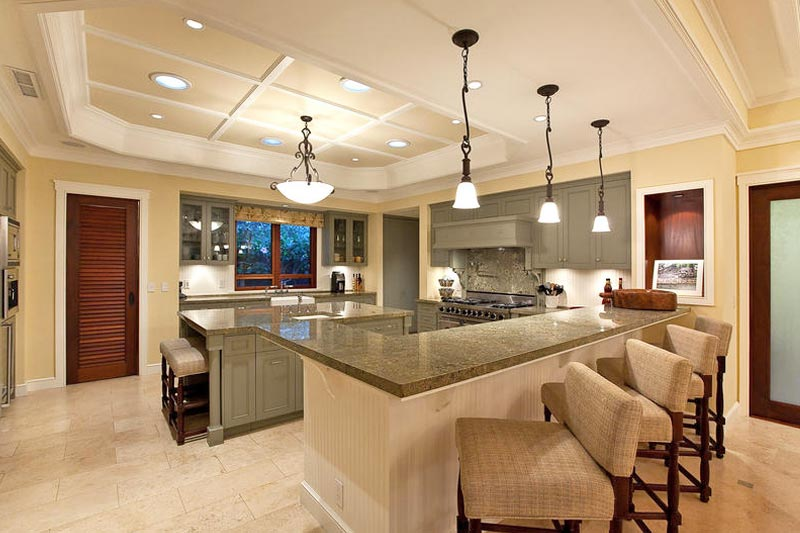 Incredible kitchen