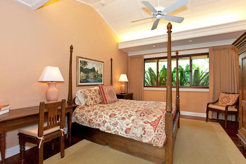 3rd Bedroom in vacation home on Kailua Beach