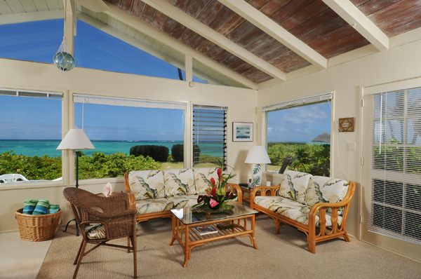 Lanikai Beachfront Cottage - Living Room with Ocean View