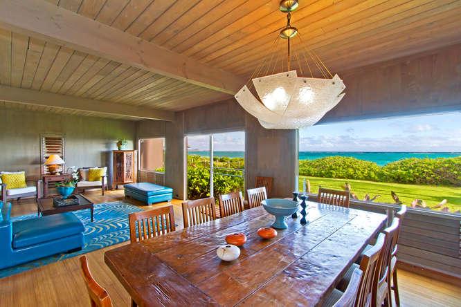White Sandy Beach Oahu Vacation Estate Rental On The Beach